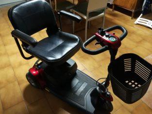 Carrozzina-Scooter Elettrica per Anziani e/o Disabili