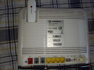 Modem router Vodafone station con chiavetta