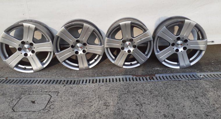 Vendo 4 cerchi lega MAK da d. 16″ adatti per Volkswagen – Mercedes – Audi