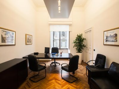 Eleganti Uffici & Sale Riunioni nel cuore di Roma!